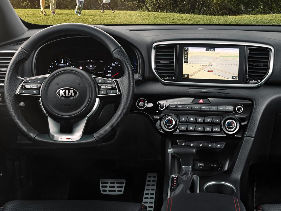 """Volan multifuncțional încălzit + Navigație 8.0"""" + Sistem infotainment cu Apple Car Play și Android Auto"""